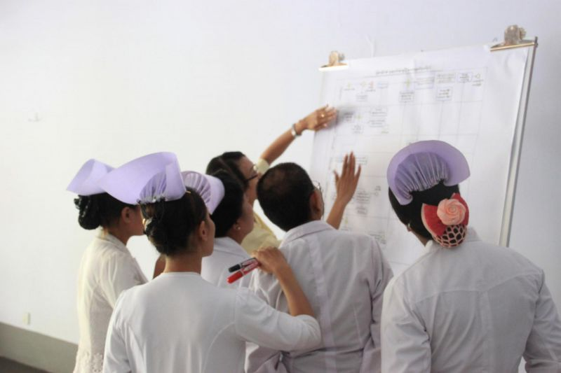 Myanmar midwives undergoing verbal autopsy training