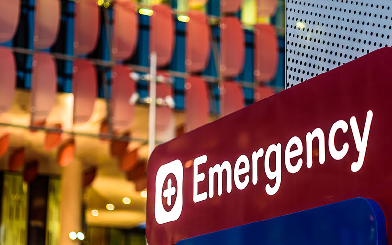 Emergency department sign at a hospital