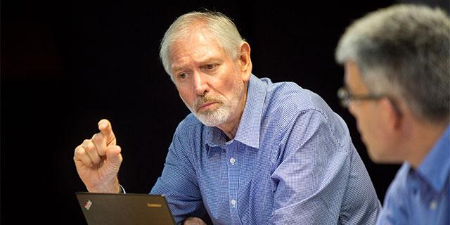 Professor Alan Lopez